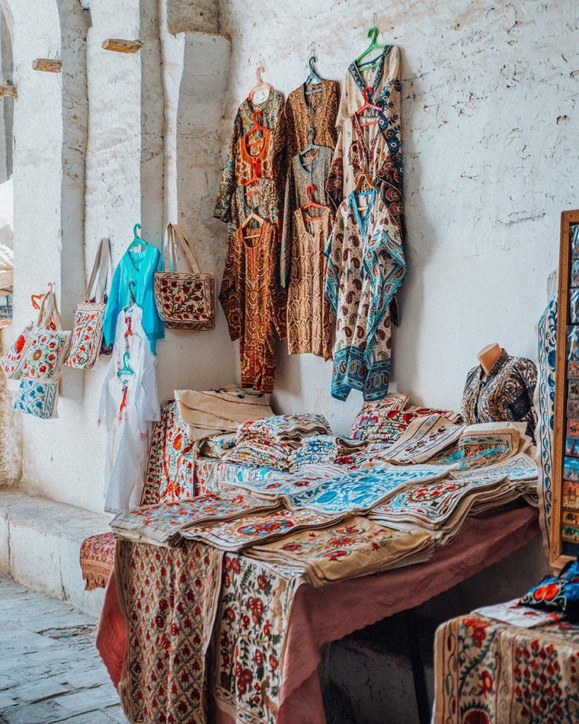 uzbekistan suzanis souvenir shops
