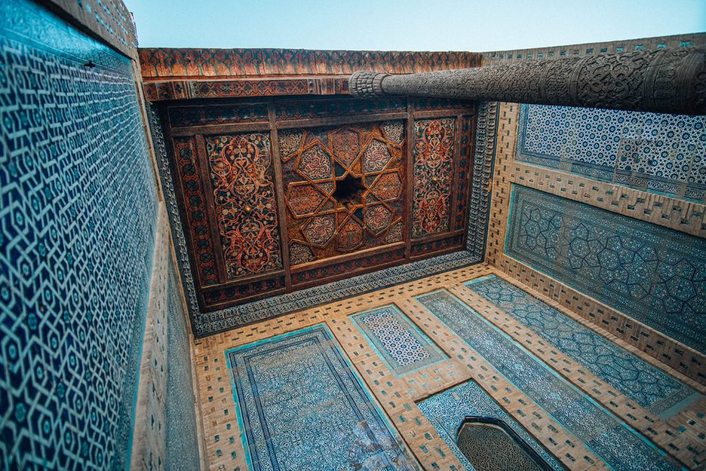 ceiling tilework of tash hauli palace in uzbekistan
