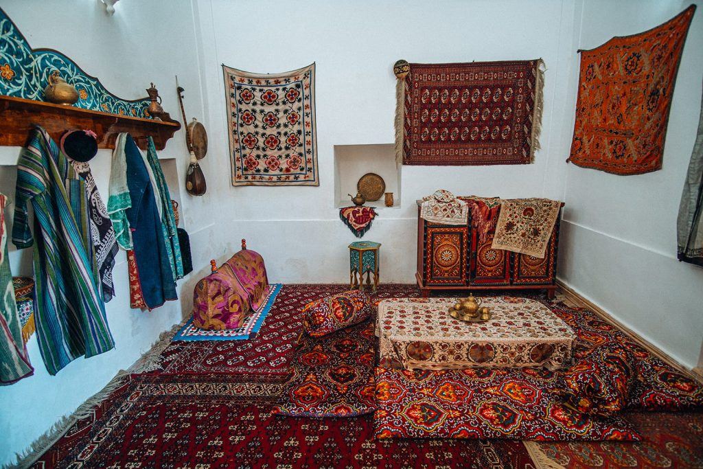decorations in a room inside a palace in uzbekistan