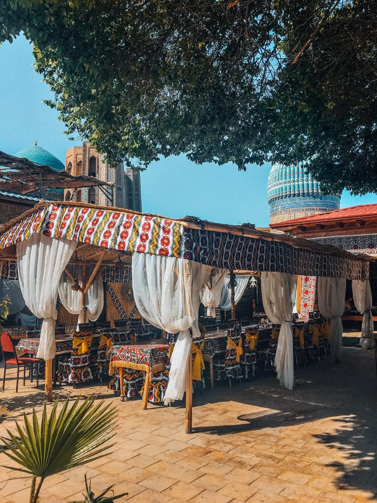 uzbekistan stylish restaurant near registan square