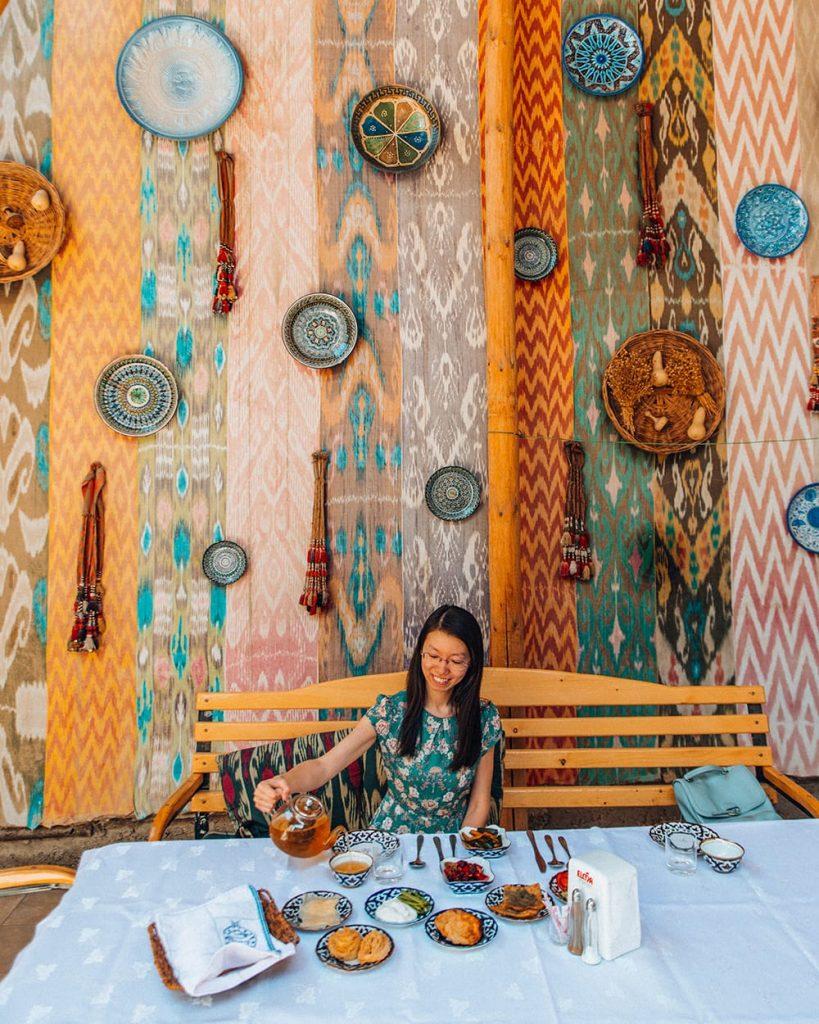 doston house restaurant decorations in uzbekistan