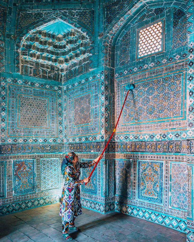 the architecture of shah i zinda mausoleum in uzbekistan