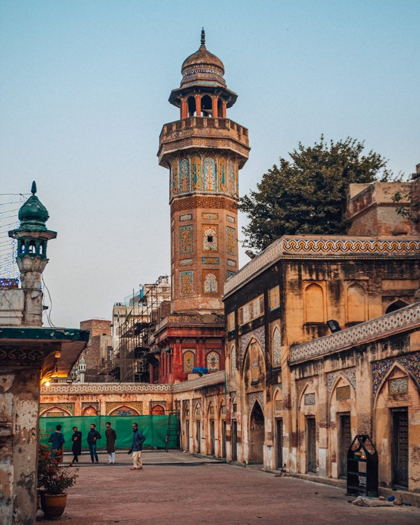 a minaret in masjid wazir khan mosque in lahore pakistan
