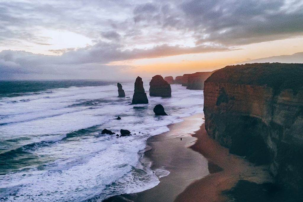 the 12 apostles of the great ocean road in melbourne australia