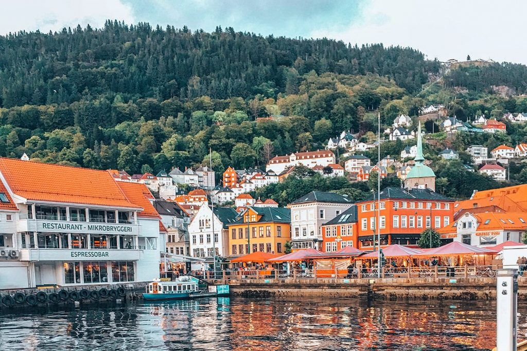 the hills and houses of bergen norway