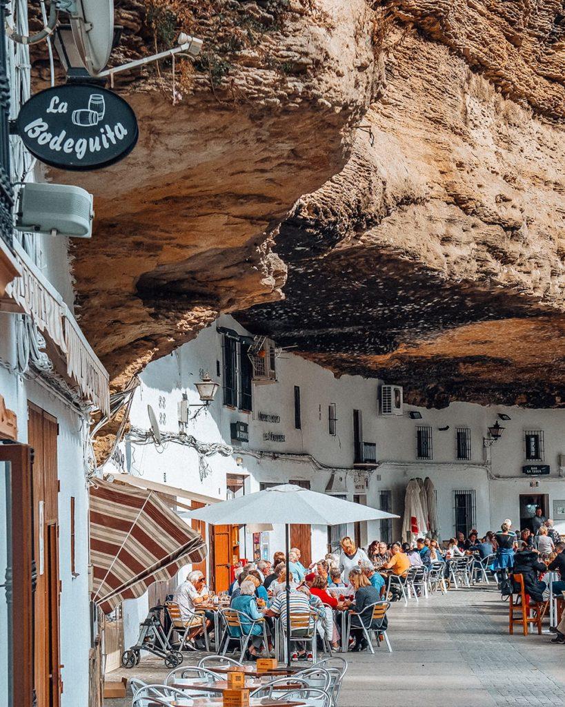 restaurants in Setenil de las Bodegas spain