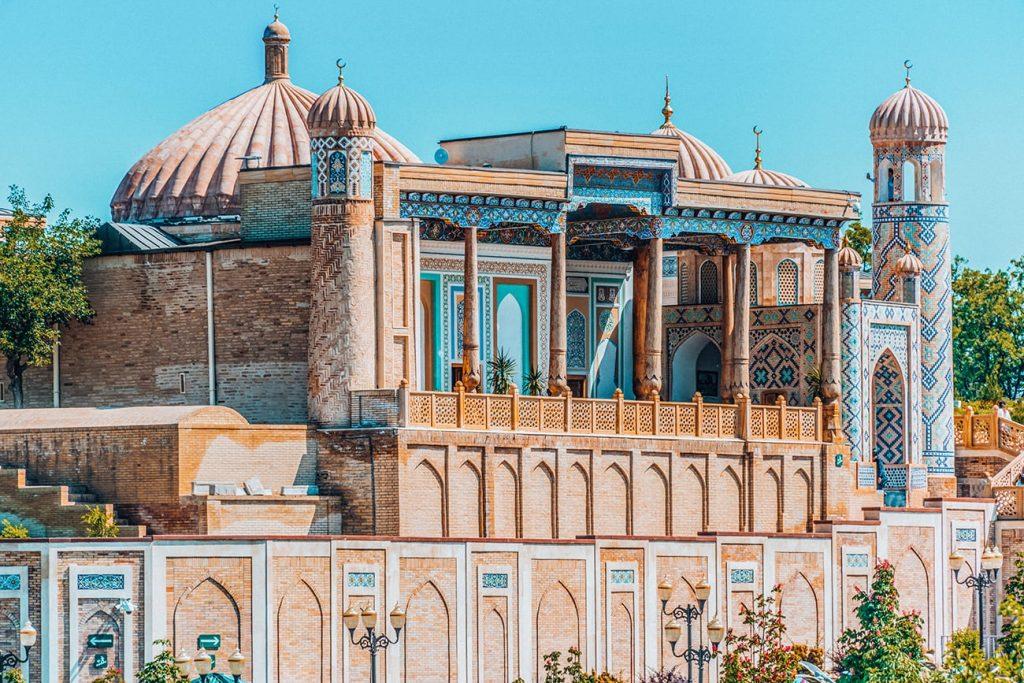 presidents tomb in samarkand uzbekistan