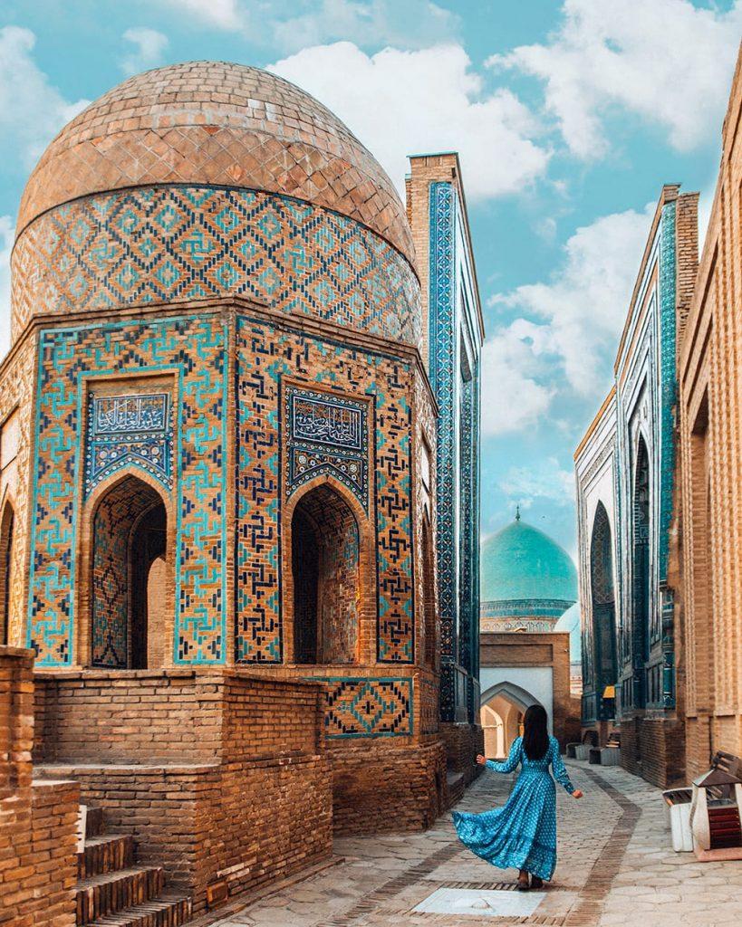 shah i zinda mausoleum in uzbekistan