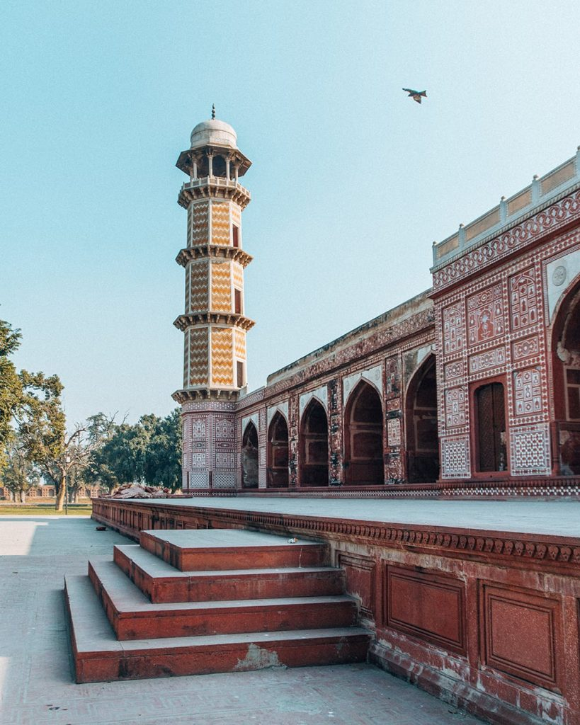 Architecture of Tomb of Jahangir in Lahore, Pakistan
