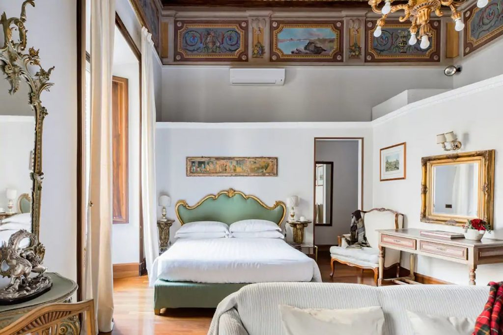 A Flat in Rome in the Historic Center