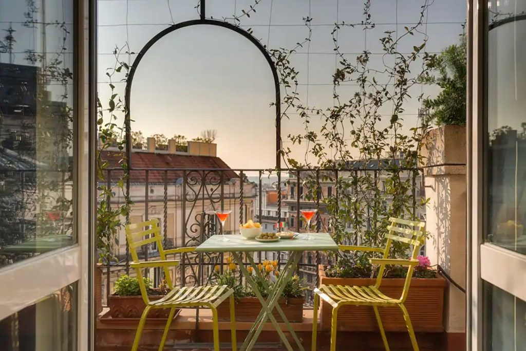 A Flat in Rome With a Panoramic Terrace