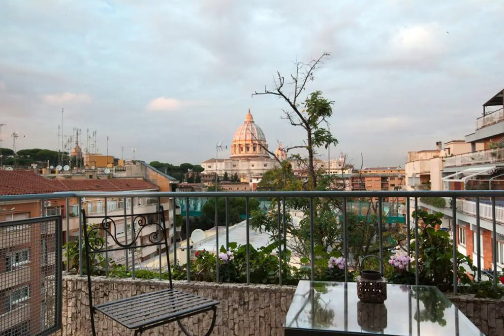 A Flat in Rome With a View of the Vatican Dome